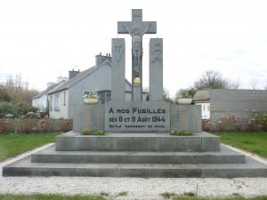 Plouvien_Monument_des_fusillés